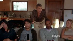 Happy Endings S03E04 - More Like Stanksgiving_960667