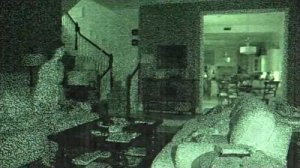 paranormal-activity-4-sees-terror-in-the-garage