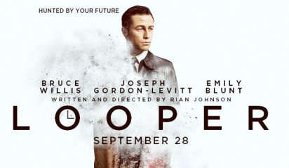 looper-to-feature-time-travel-bruce-willis-and-more-from-the-comic-con-2012-looper-panel