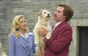 1still-of-christina-applegate-and-will-ferrell-in-anchorman--the-legend-of-ron-burgundy-(2004)